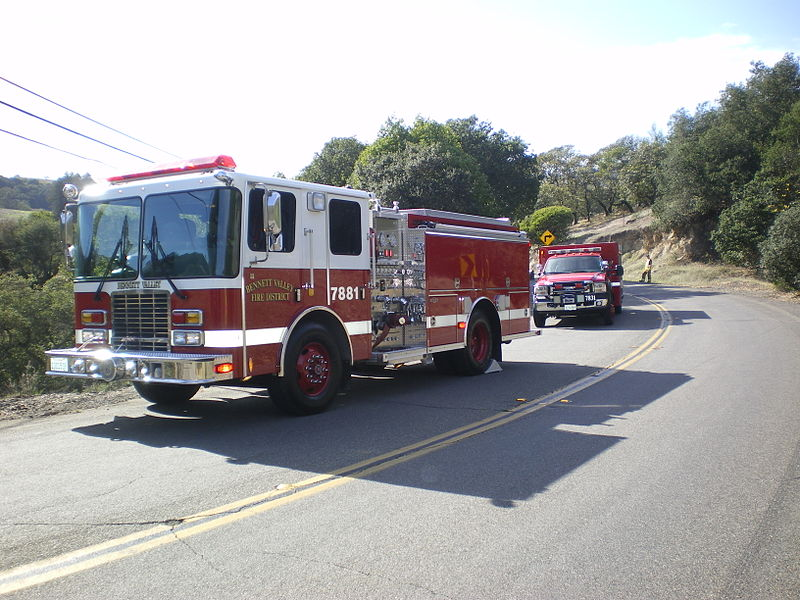 File:7881-7831 Bennett Valley firetrucks.jpg
