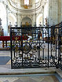 Abbaye de Moyenmoutier-Grille droite.jpg