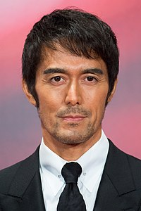 "Abe Hiroshi from ""Legend of the Demon Cat"" at Opening Ceremony of the Tokyo International Film Festival 2017 (40203798571).jpg"