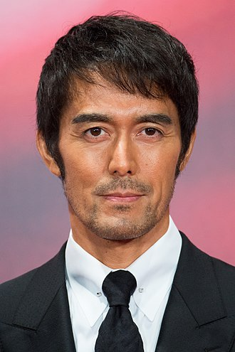 """Hiroshi Abe (actor) - Image: Abe Hiroshi from """"Legend of the Demon Cat"""" at Opening Ceremony of the Tokyo International Film Festival 2017 (40203798571)"""