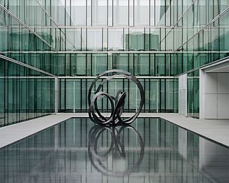 Abraham David Christian - Abraham David Christian, Interconnected Sculpture, 2007, Bronze, 389 x 410 x 340 cm, Private Collection