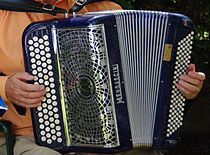 Accordéon chromatique - basses standards.jpg