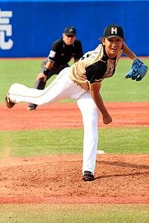 Akihiro Hakumura Nippon Ham Fighters (35258410601) (cropped).jpg