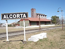 Alcorta train station, Santa Fe, Argentina.jpg