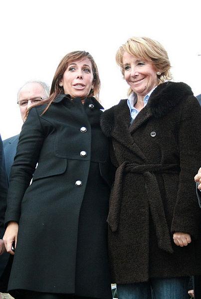 Alicia Sánchez Camacho y Esperanza Aguirre. Autor: Esperanza Aguirre, 22/10/2010. Fuente: Flickr (CC BY 2.0.)