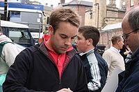Ali Carter with his fans