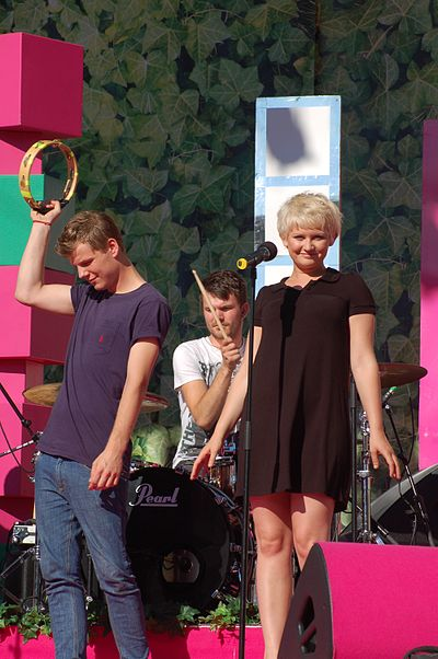Picture of a band or musician: Alphabeat