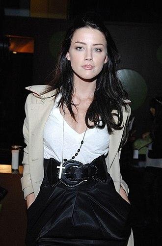Amber Heard - Heard in 2009