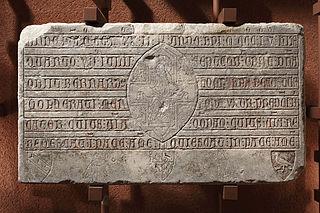 Épitaphe de Bernardus Molherati et Lombarda de