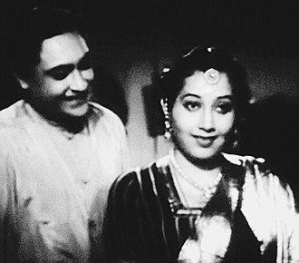 Ashok Kumar - Ashok Kumar with Sumitra Devi in Mashaal (1950)
