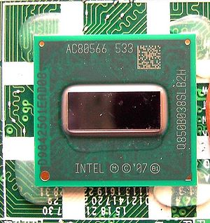 Intel Atom - Image: Atom Z520 vs 1Cent