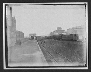 The Strand Station - Auckland railway station, 1895