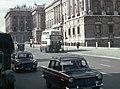 Autobús de dos pisos de la línea 33 en la calle Bailén (década de 1960).jpg