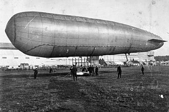 Willows airships - Image: Aviation in Britain Before the First World War RAE O755