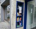 Büchervitrine.jpg