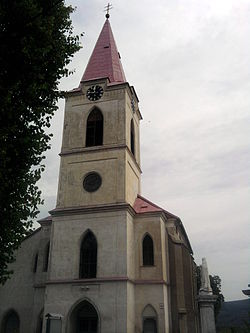 Bakabánya-Pukanec-cat church.jpg