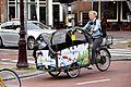 Bakfiets Natuurfontein - Amsterdam (32439205400) (2).jpg