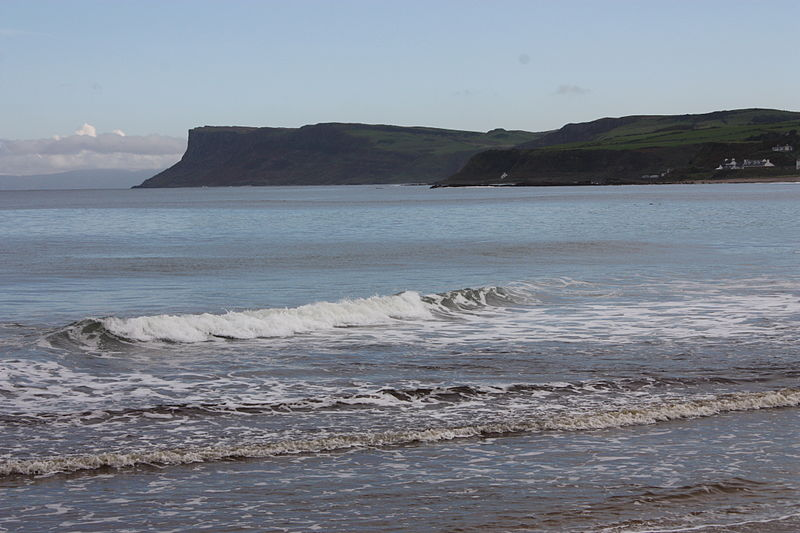 File:Ballycastle beach, September 2010 (01).JPG