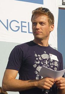 Barrett Foa American actor