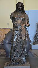 Agrippine la Jeune en prêtresse