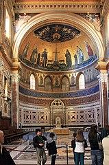Basilica st Giovani in Laterano 2011 14.jpg