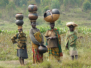 Great Lakes Twa - Batwa women with traditional pottery