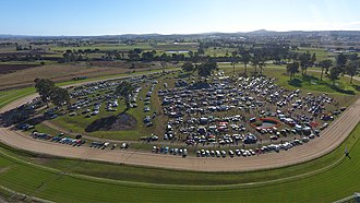 Flea market - A very large and popular swap meet held in Beaudesert Queensland Australia run by the Beaudesert Motoring Enthusiasts Club inc.