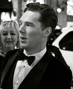 Benedict Cumberbatch - December 2013 (cropped).jpg