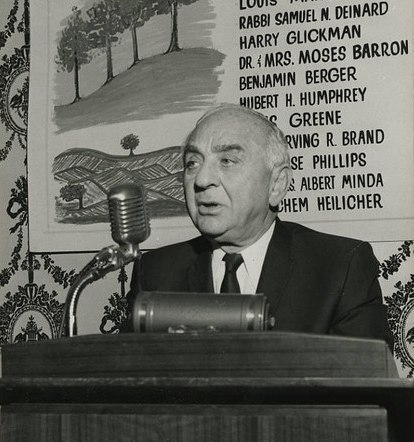 Benjamin Berger speaking at the National Jewish Fund Dinner