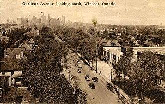 HMCS Hunter - Aerial view of Ouellette Avenue looking north from Erie Street; on the north side of it is the original HMCS Hunter building.