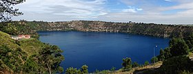 Blue Lake (Mount Gambier, Dec 2016).jpg