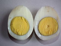 Harðsoðið egg