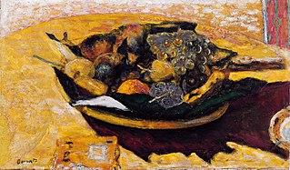 Coupe de fruits sur une table