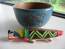 Bowl and flute from Masaya in Nicaragua.jpg