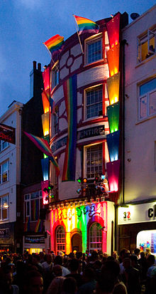 GAY BARS UK
