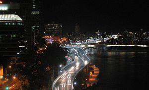 Riverside Expressway - The expressway at night