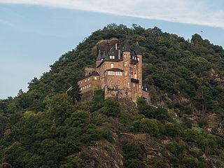 Counter-castle