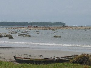 Simeulue Regency - Stranded boats and raised reefs at Busung, Gusong Bay, Simeulue, Indonesia, 8 April 2005