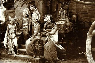 Balinese people - Balinese dancers, circa 1920–1940.