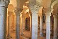 Caen crypte de l'église de la Trinité.JPG