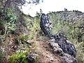 Camino de la Font del Garrofer a unos 100 m de la fuente Lorcha (Alicante).jpg