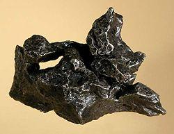 Campo-iron-meteorite.jpg