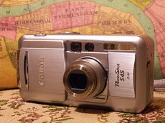 Canon PowerShot S45 digital camera.jpg