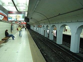 Carlos Gardel (Buenos Aires Underground) - Image: Carlos Gardel (Subte de Buenos Aires)