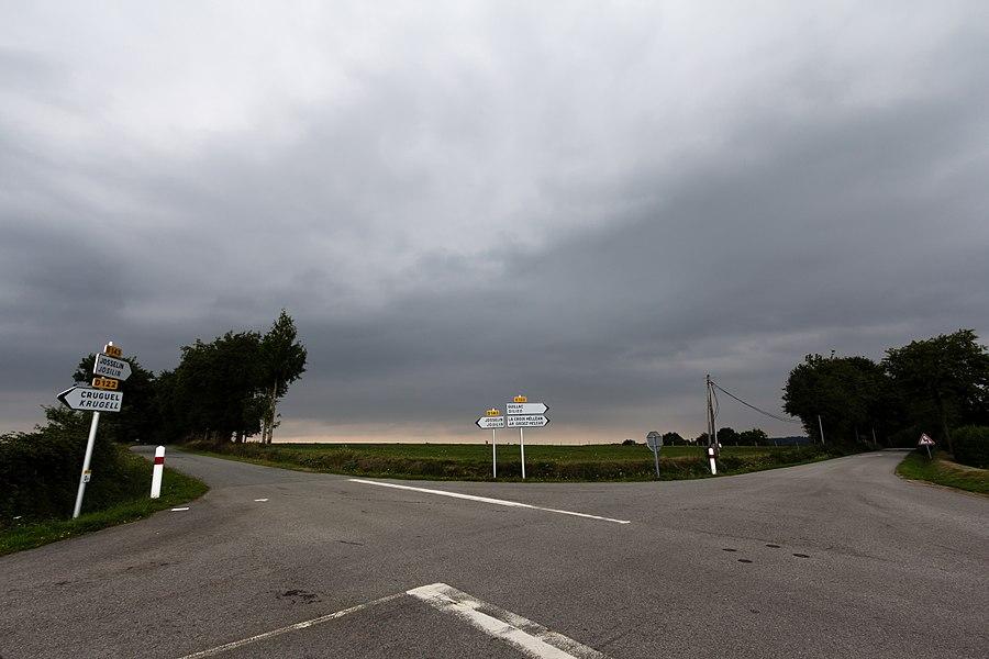 Français:  Carrefour de la Belle-Étoile à Saint-Servant (France).