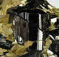 Cassiterite-Siderite-210561.jpg