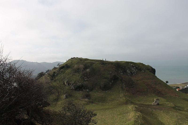 File:Castell Degannwy Deganwy Castle Sir Ddinbych Wales 39.JPG