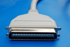 Parallel SCSI - Amphenol-50 SCSI plug