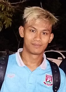 Chenrop Samphaodi Thai footballer