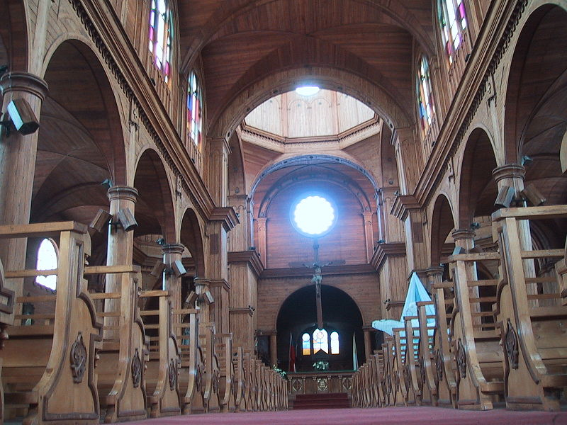 File:Church of wood in Chiloe.jpg